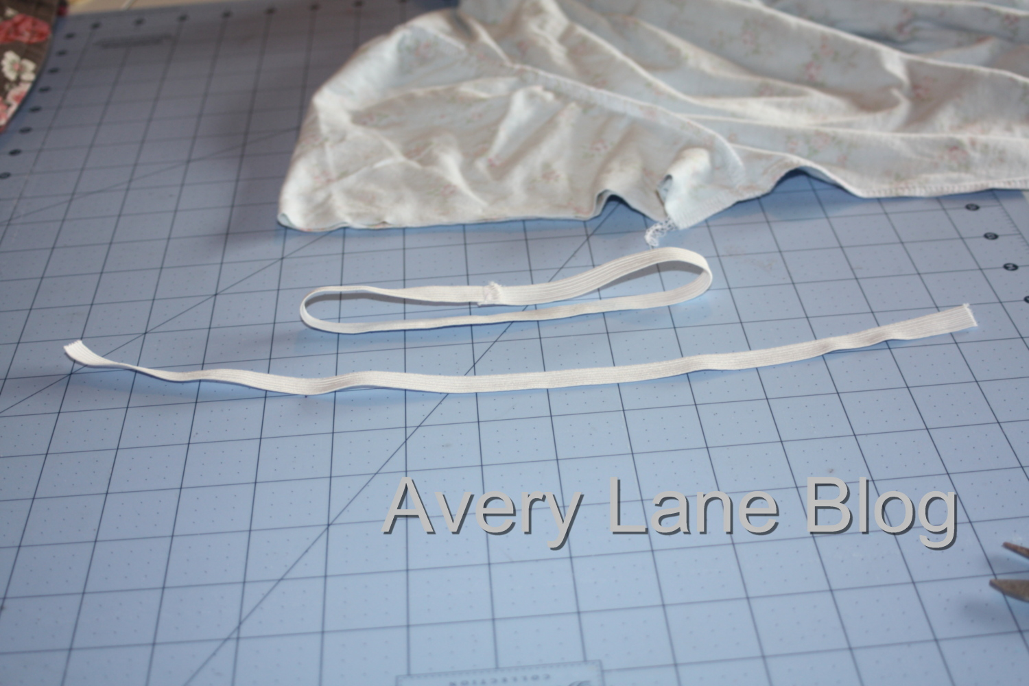 Avery Lane Blog  Sewing tutorial puffy sleeve t-shirt