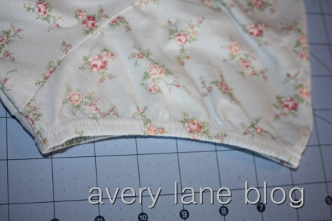 T-shirt sewing tutorial Avery Lane Blog